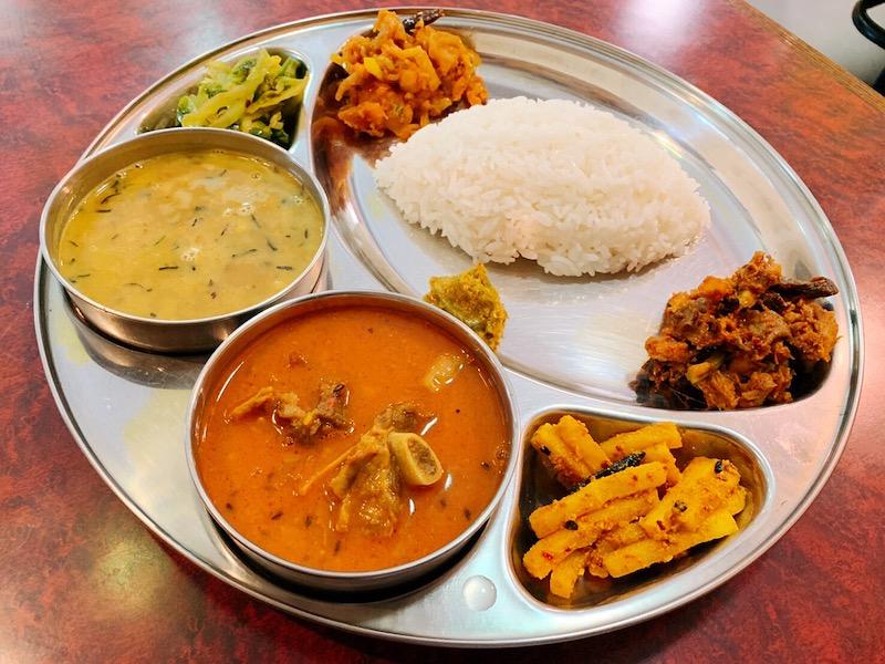 〈今週のカレー〉巣鴨でネパール料理といえばここ! 日本人の胃袋をがっしり掴むオンリーワンの味の画像