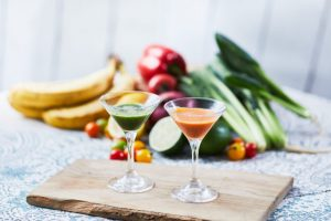最初は「飲むサラダ」から! ヘルシーな多国籍料理のビアガーデンの画像