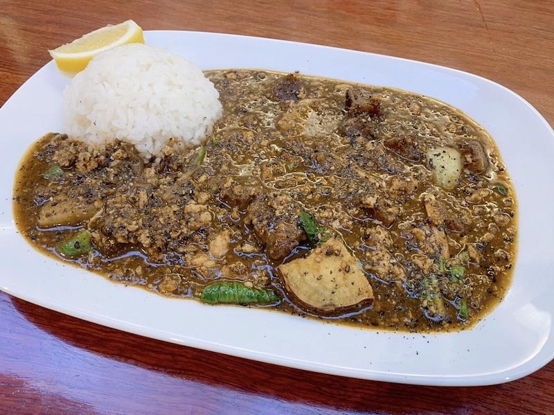 〈今週のカレー〉一歩先行く中華カレーが食べたい人に知ってほしい「担々カレー」の画像