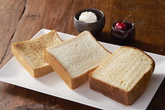 先行販売で行列ができた「極上 鎌倉生食パン」も! 鎌倉散策が楽しくなる新店
