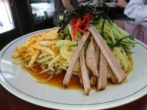 〈食通の昼メシ〉食べログフォロワー数No.1の食通が愛す、ミルクホールの「冷やし中華」の画像