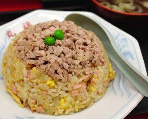 〈食通の昼メシ〉食べログフォロワー数No.1の食通推薦! 具沢山のビジュアル系チャーハンの画像