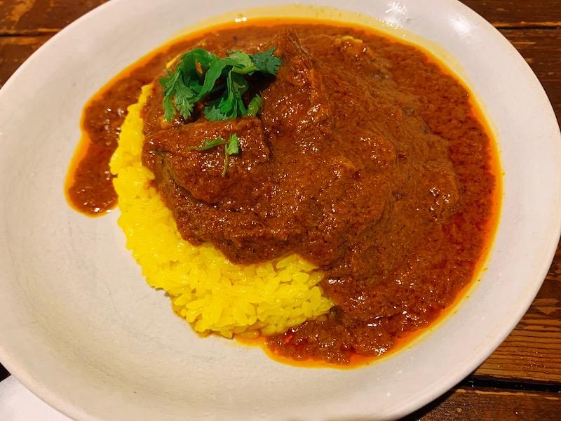 〈今週のカレー〉カレー=酒の肴は常識? スパイス料理をリーズナブルに楽しめるカレー居酒屋の画像