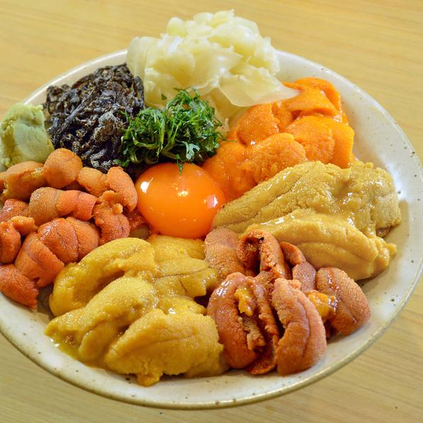 刺身や寿司だけじゃない! 今が旬のウニをおいしく食べられる店の画像