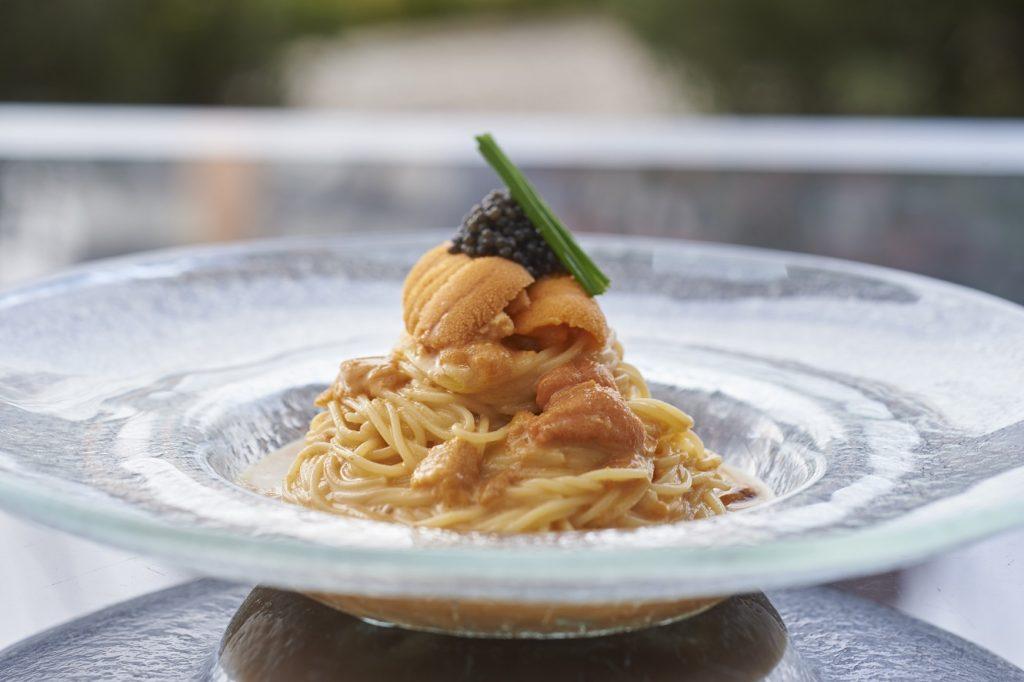 〈最旬フードニュース〉グランド ハイアット 東京の夏季限定メニューに、開放感抜群のビアテラスまで! 今週末の必食フードは!?の画像