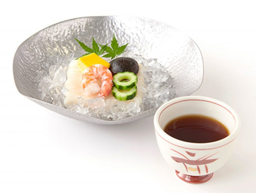 フカヒレまるごと入りの冷やし麺も! 大丸東京店のひんやり夏メニューの画像