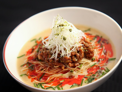 「龍天門」の担々麺