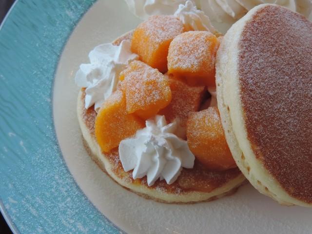 「マンゴーパンケーキ」