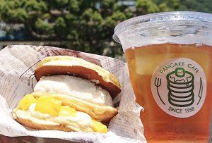 新鮮なマンゴーをたっぷりサンド!  人気のパンケーキバーガーに夏限定フレーバー登場の画像