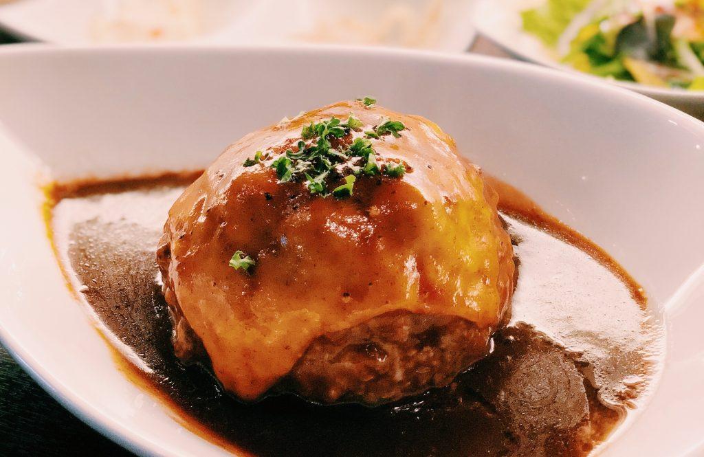 ジュワッと溢れる肉汁に乾杯! みんな大好きハンバーグ4選の画像