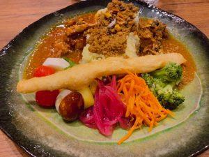 〈今週のカレー〉新たなカレージャンル誕生! イタリアン×スパイスカレーのお味はいかに?の画像