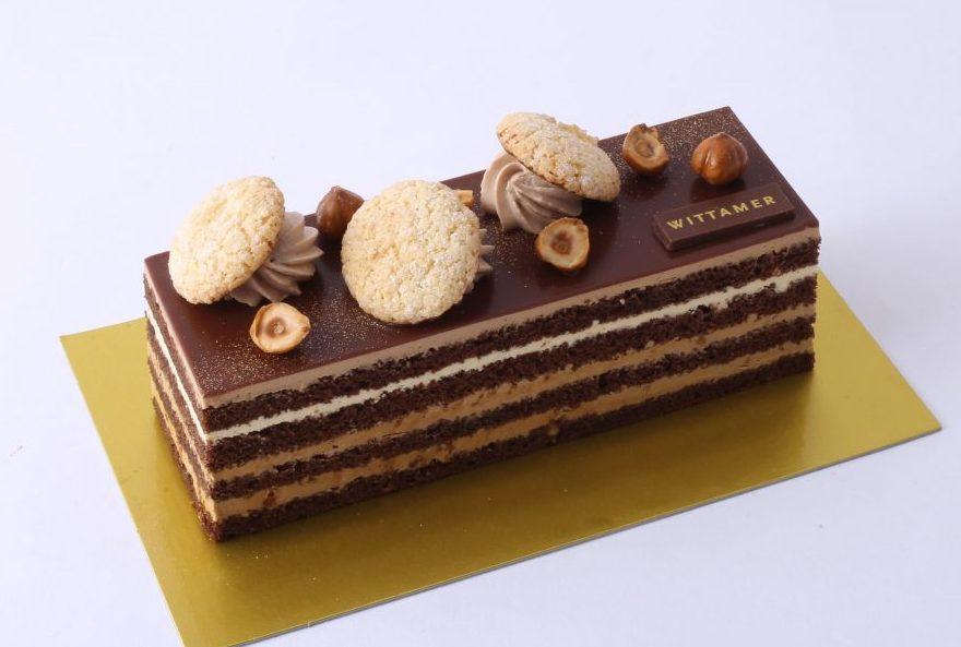 ナッツの香りがたまらない! べルギー王室御用達ブランドの限定チョコレートケーキの画像