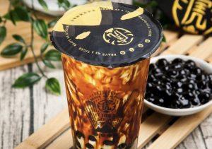 今度は大きめタピオカの黒糖ボバミルク! 本場台湾の大人気店が日本初上陸の画像