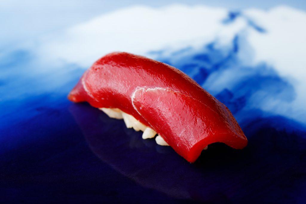 〈噂の新店〉関西No.1の呼び声高い江戸前寿司の名店が、東京・銀座にその姿を現すの画像