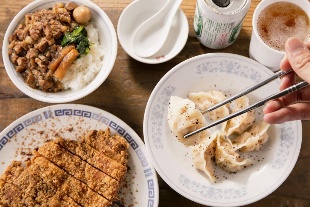 〈サク呑み酒場〉SNSで人気! モチモチの餃子が旨い台湾料理店の画像