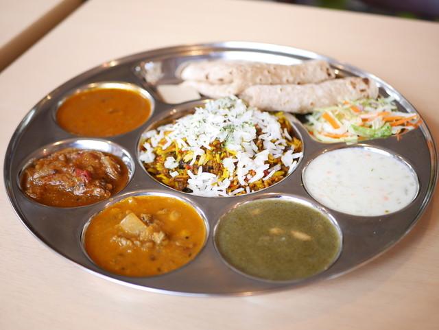 北・南インドカレーだけじゃない! じわじわと人気上昇中の「西インド料理」を食べたい!の画像