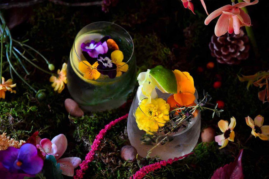 美しすぎるモヒートに驚愕! 「食べられる花」をアートイベントで体験の画像