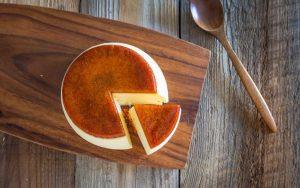 〈今週のスイーツ〉不思議なプリンチーズケーキに、新食感の生・バウムも! 見逃せない新作3選の画像