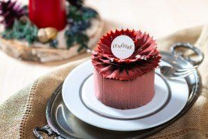 フランス菓子の老舗「ルノートル」の看板ケーキが、クリスマスカラーに衣替え!の画像