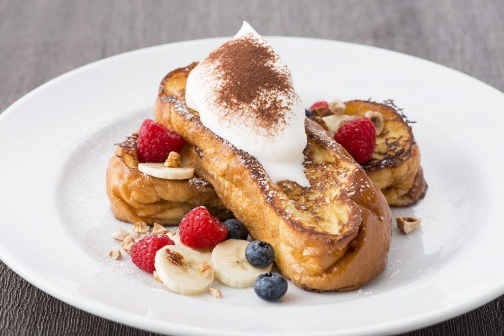アツアツのチョコがとろ〜り! 「サラベス」のフレンチトーストが冬仕様にの画像