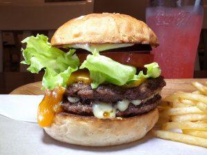〈2019 食通が惚れた店〉ノーハンバーガー、ノーライフなハンバーガー探求家の今年イチは?の画像