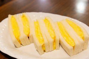 """タマゴ愛あふれる""""エッグマスター""""による、絶品タマゴ料理 〈タマゴサンド編〉の画像"""