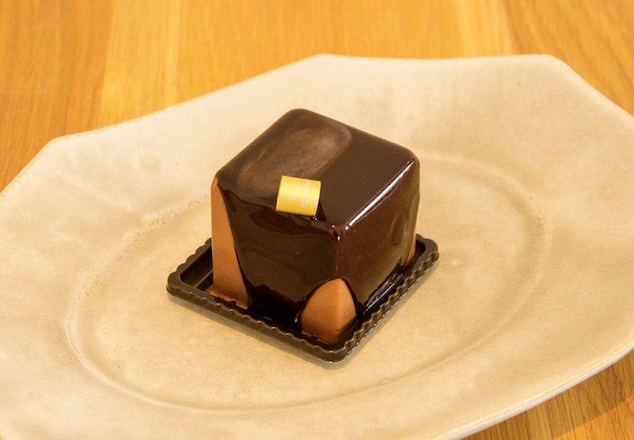 〈2019 食通が惚れた店〉お菓子の歴史研究家が語る、今年一番の「プチガトー」の画像