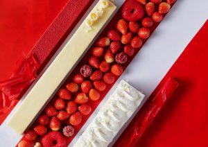 紅白カラーがあざやか! 苺とチーズを味わい尽くすスイーツブッフェの画像