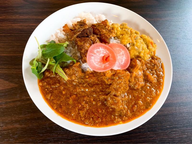 〈今週のカレー〉昼は薬膳カレー、夜はスパイス料理も堪能できる。新年早々注目店がオープン!の画像