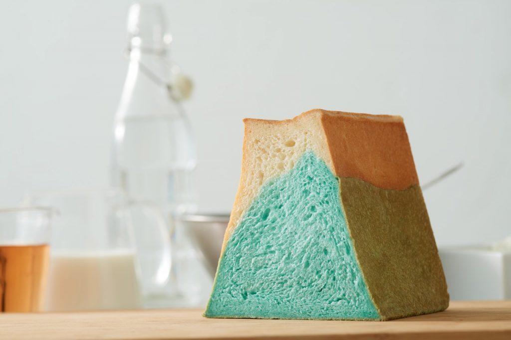 〈最旬フードニュース〉富士山みたいな食パンに、グラタン&シチューフェアも! 最新グルメ4選の画像
