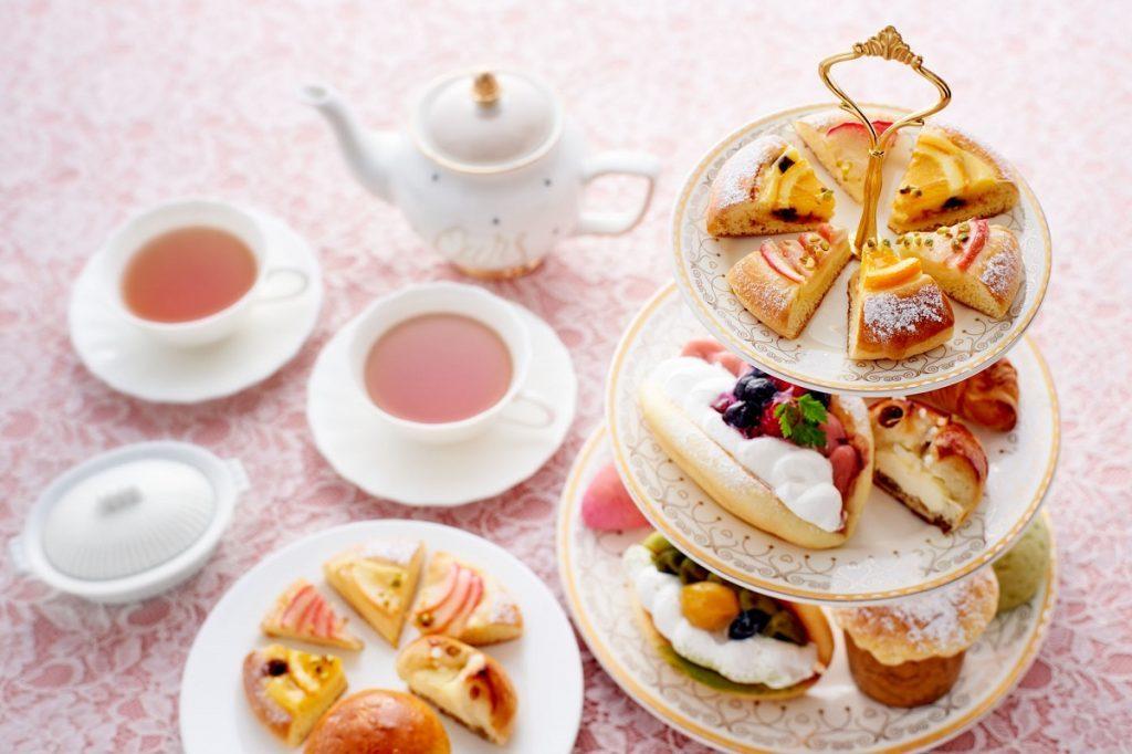 自宅でアフタヌーンティー気分を! ケーキのような菓子パンが誕生の画像