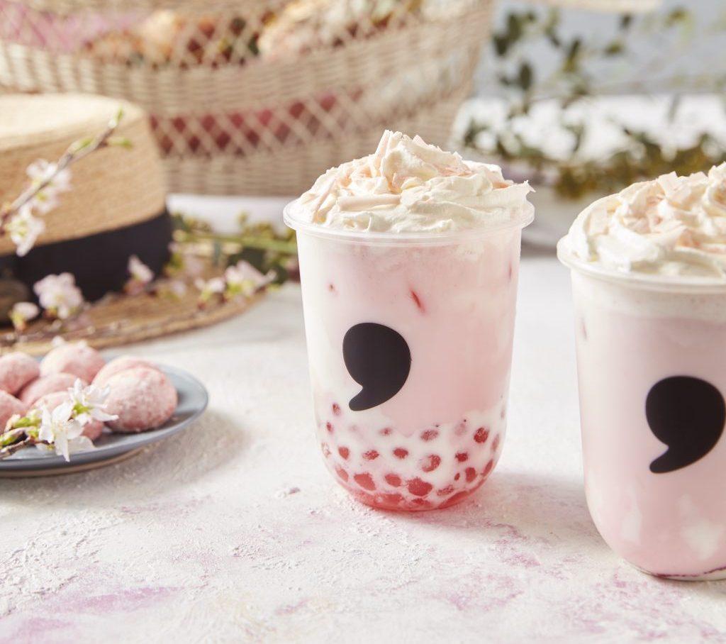 桜風味のピンクタピオカも! コンマティーから春限定「さくらラテ」が登場の画像