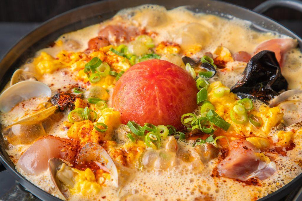 スパイシー系も粥ベジも。この冬食べたい鍋料理のある店4選の画像