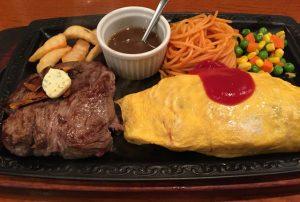 〈食通の昼メシ〉嘉門タツオが好む下町洋食屋の「オムライステーキ」は合わせ技が楽しい!の画像