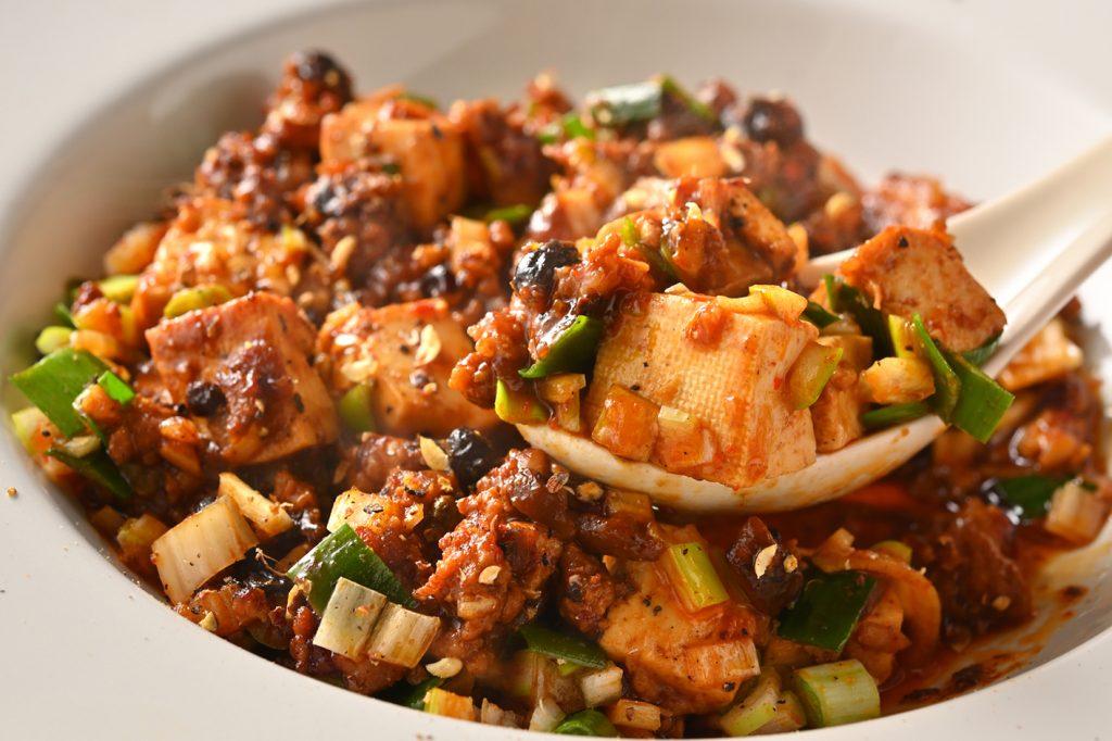 """〈今夜の自腹飯〉どこにでもある料理なのに、ここにしかない絶品""""町中華""""の画像"""