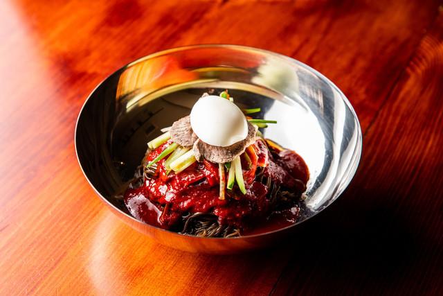葛ビビン麺