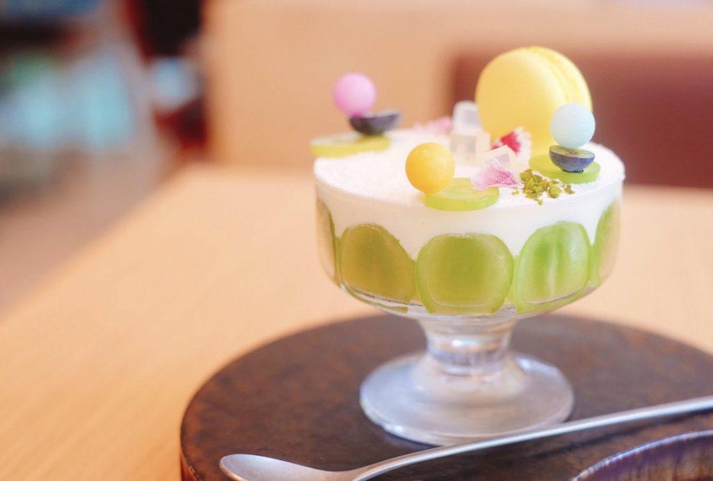 見惚れるほど美しい。パフェ好きが注目する二子玉川のカフェの画像