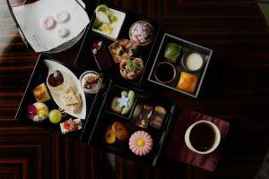 京菓子の名店「鍵善良房」とパレスホテル東京がコラボ! 秋のアフタヌーンティーが登場の画像