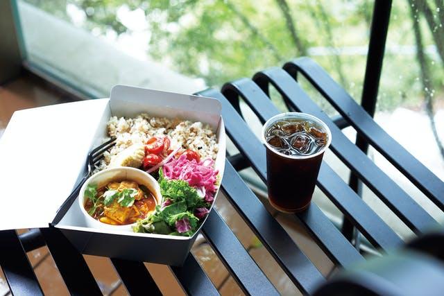 横浜・桜木町に「DEAN & DELUCAカフェ」がオープン! 野菜たっぷりランチがお目見えの画像
