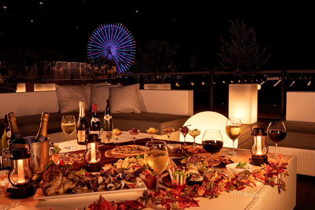秋の味覚や厳選ワインが食べ・飲み放題! 大阪ベイエリアの夜景を一望できるワインテラス開催中の画像