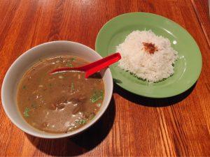 インドネシアの味を日本でも! 甘さ控えめ、スパイス強めのカレーが爽快なバリ料理店の画像