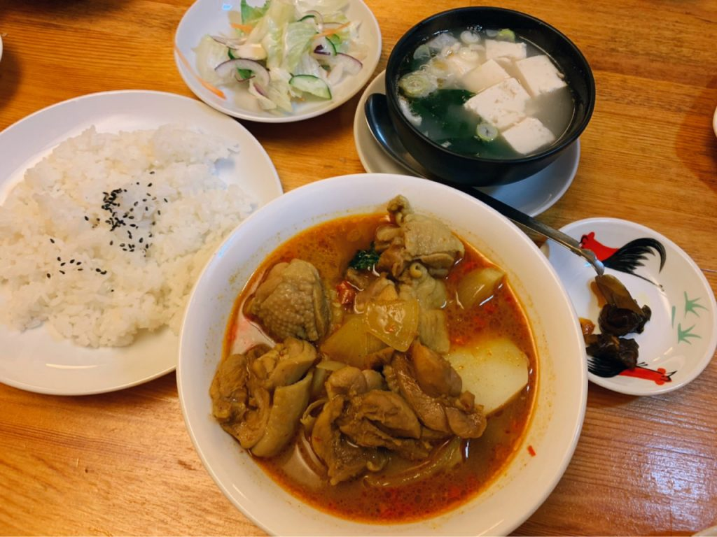 東南アジア料理好きも要注目! 池袋の超個性派店で味わえるミラクルな中華カレーの画像