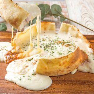 とろ〜りチーズグルメに、幻の石垣牛が食べられる焼肉店も! 最新グルメ3選の画像