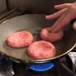 ハンバーグは「余熱」がポイント! プロが正しい焼き方を教えますの画像