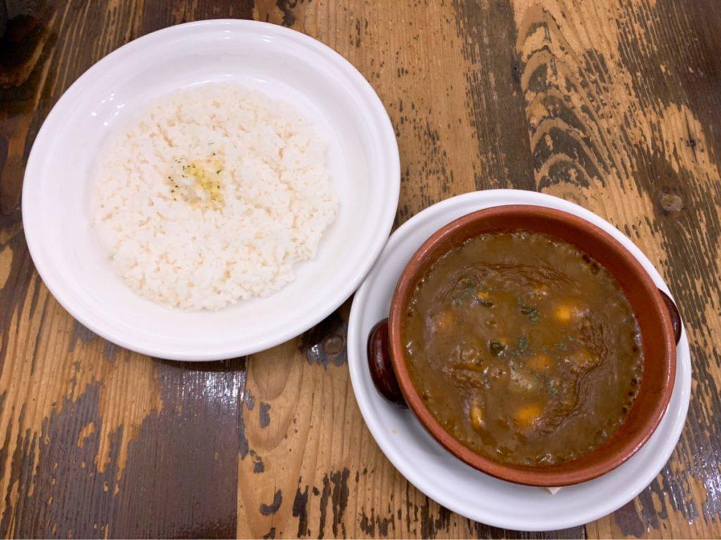 昔ながらのカレー好き必食! 伝統とオリジナリティが融合した欧風カレーをランチで味わおうの画像