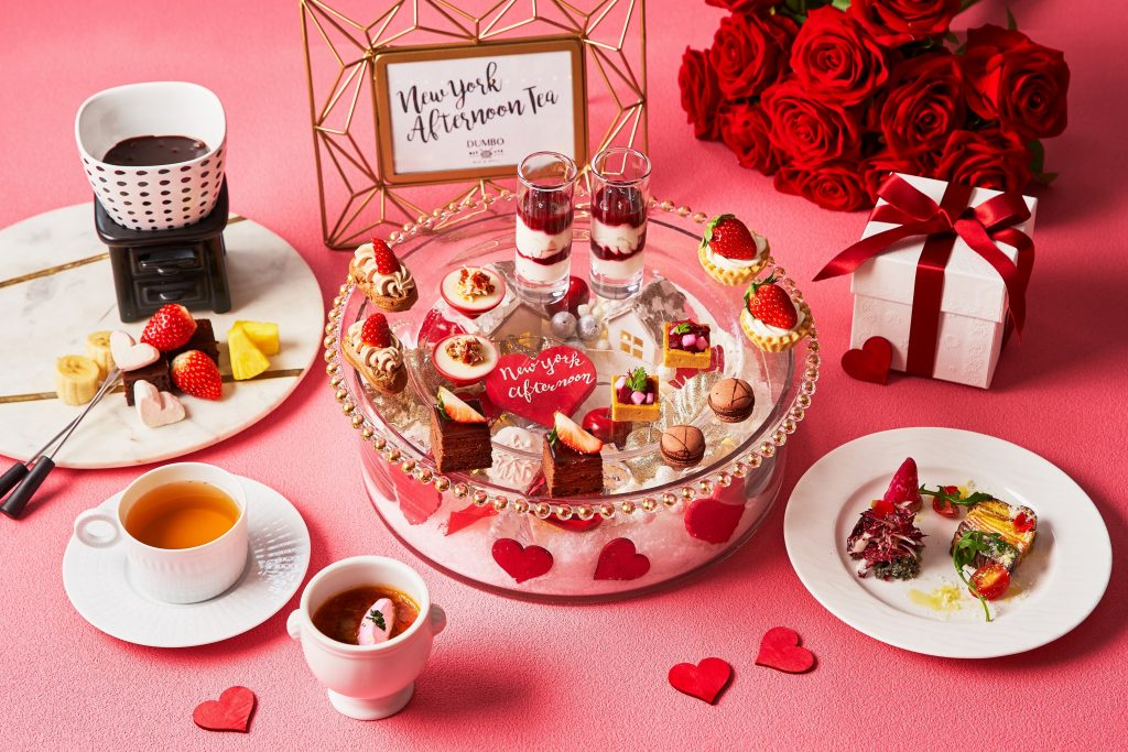 イチゴとフランス産チョコを贅沢使い! 今冬限定のアフタヌーンティーの画像