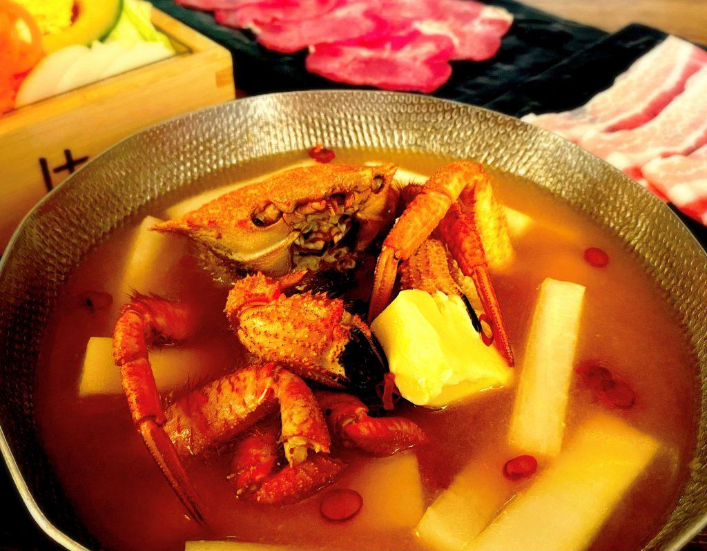 """新ジャンルの生食パンに、栗蟹を使用した""""ひとり鍋""""も! 最新グルメ3選の画像"""