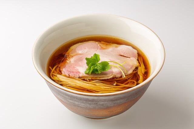 醤油らぁ麺(1,100円)