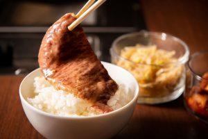 予約困難の人気レストラン長谷川稔シェフがプロデュース! 高級店の肉が低価格で食べられる訳とは!?の画像