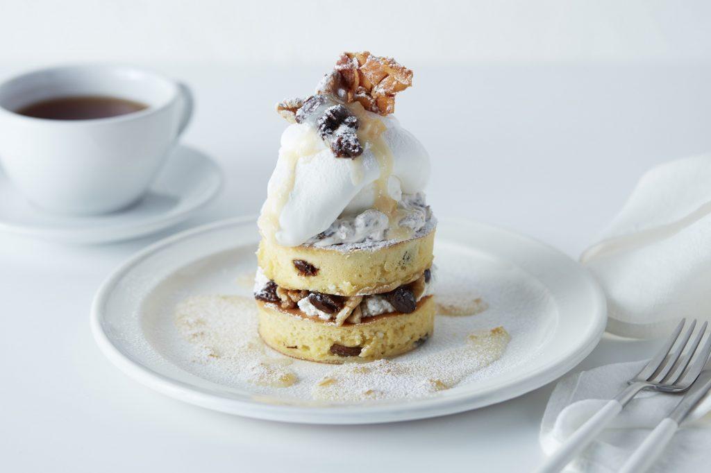 ラムレーズン×4種のチーズ! 大人テイストのパンケーキがお目見えの画像